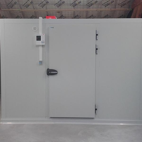 Installation chambre froide supermarché par Mr Réfrigération
