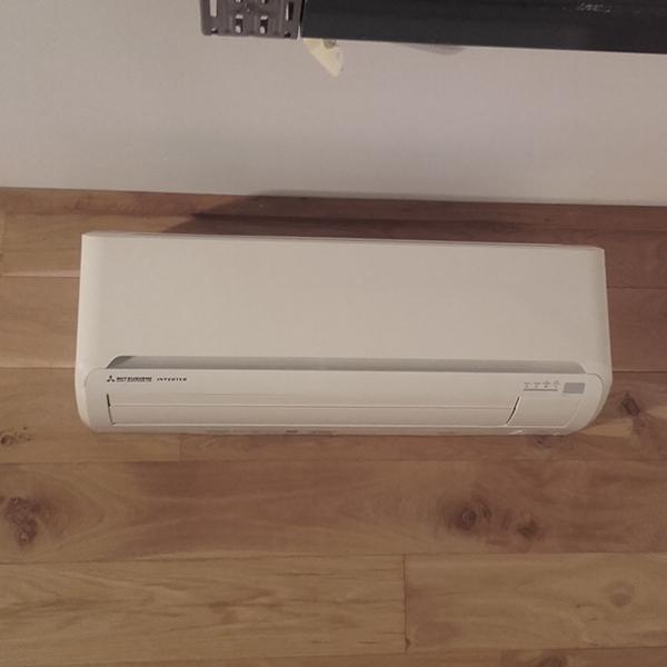 Pose d'un climatiseur Mitsubishi par Mr Réfrigération